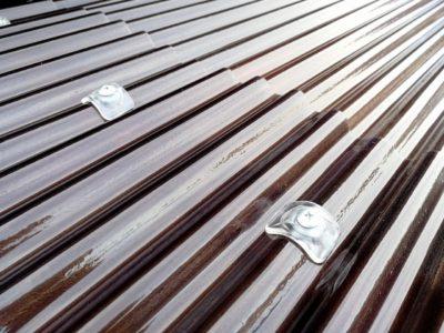 太陽光カット波型ポリカ屋根