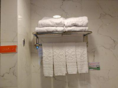 Le Prabelle HotelのQuad Suite タオル