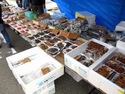 三八祭り:加工食品の屋台